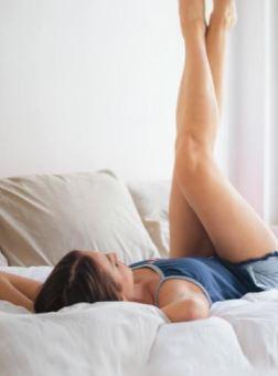 legs-in-air