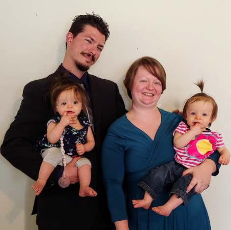 Amanda Manning Family Picture